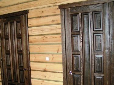 двери филёнчатые из массива сосны